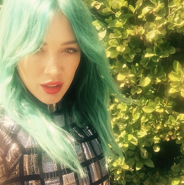 hilary duff style inspiration blue hair