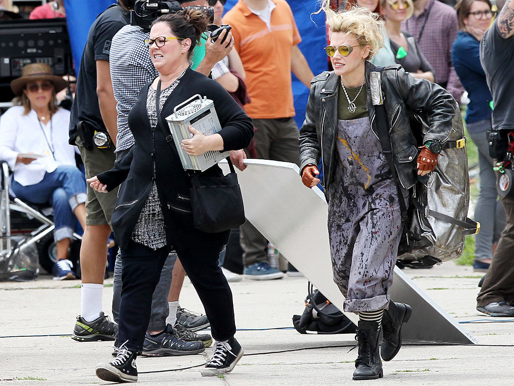 kate mckinnon ghostbusters costume